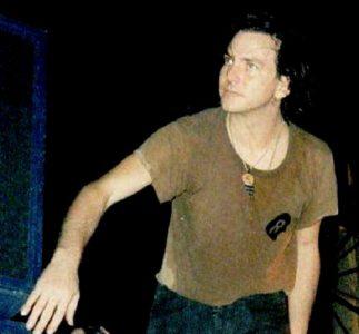 Pearl Jam | 12/11/1996 Palaeur, Roma, Italia