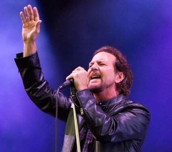 Vinyl Record Ticket Package con All The Way di Eddie Vedder