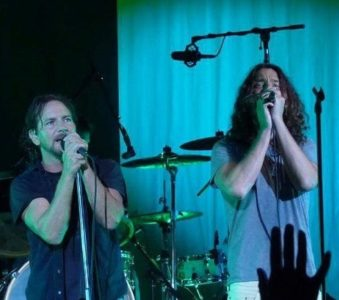 A sneak peek at the posthumous Chris Cornell album: Pearl Jam will feature in it