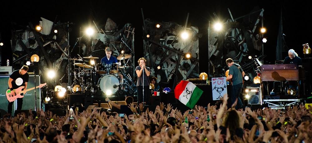 Pearl Jam Live 2018: Official Videos | PearlJamOnLine it