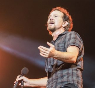 Eddie Vedder | 05/01/2019 Weinberg Estate, Honolulu, Hawaii