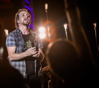 "Eddie Vedder at the Michelle Obama ""I Am Becoming"" book event in Tacoma"