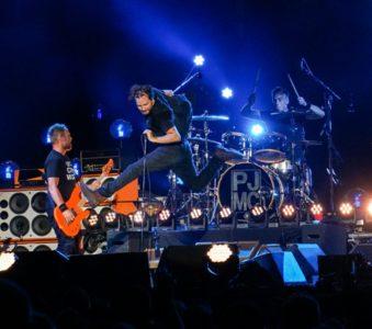 Pearl Jam & Eddie Vedder: Testi e Traduzioni