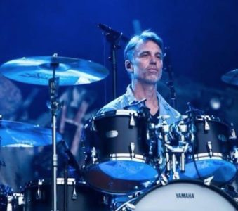 Matt Cameron: a new side project with Taylor Hawkins and Buzz Osborne?