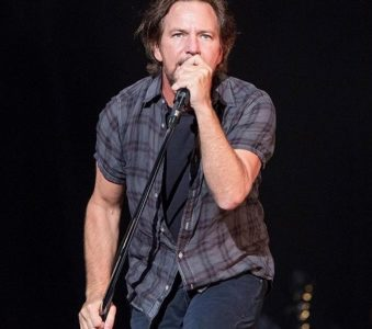 Pearl Jam: Starting to work on a new album?