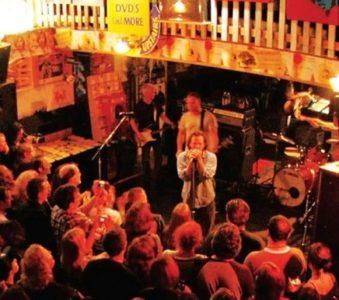 Pearl Jam: Live at Easy Street, all'asta la versione limitata del Ten Club
