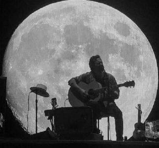 Eddie Vedder: lo special sui concerti a Firenze e Barolo