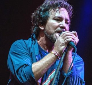 Eddie Vedder will appear in the TV show Surfing Rockers