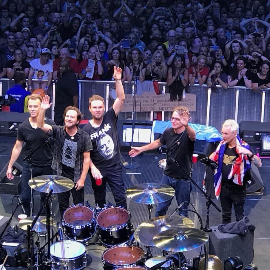 PearlJamOnLine it - Pearl Jam italian fansite since 2001