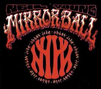 Neil Young e Pearl Jam: a fine ottobre esce il documentario Mirror Ball Live