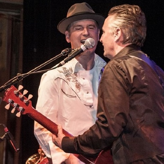 Mike McCready recorded a new song with Danny Newcomb and the Sugarmakers