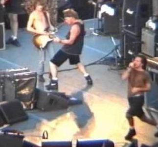Pearl Jam | 02/07/1993 Stadio Bentegodi, Verona, Italia