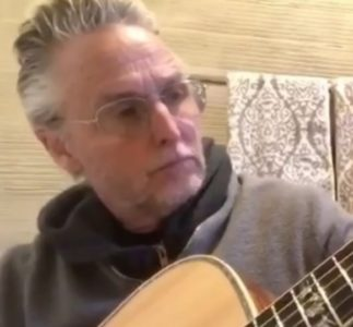 Un video messaggio di Mike McCready