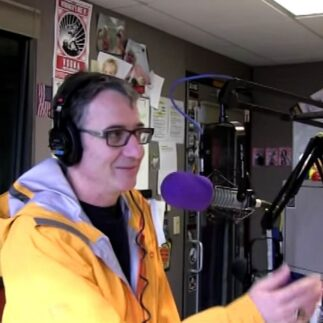 Stone Gossard and Mike McCready are hosting a Reddit AMA session