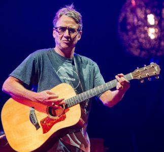 Stone Gossard: il chitarrista dei Pearl Jam commenta le canzoni di Gigaton su SiriusXM