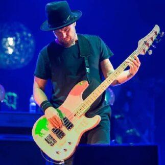 Jeff Ament parla del prossimo album dei Pearl Jam e del tour posticipato