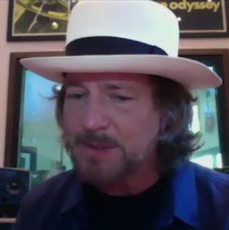Eddie Vedder a favore del movimento FusterCluck Music