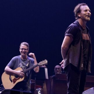"""Stone Gossard: """"I would love to write 50 songs a year with Eddie Vedder…"""""""