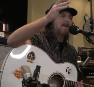 Eddie Vedder | 12/12/2020 VetsAid Charity Concert