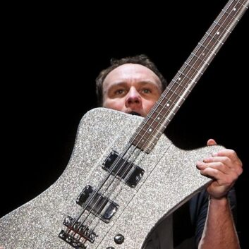 Jeff Ament, in giugno arriva il quarto album solista del bassista dei Pearl Jam