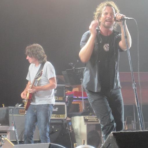Pearl Jam, un listening party per il lancio di DEEP