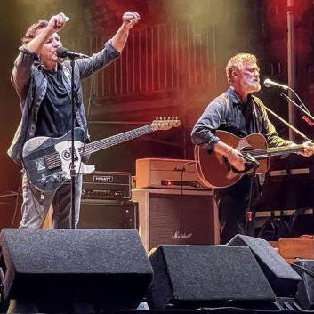 The Earthlings, la nuova live band di Eddie Vedder