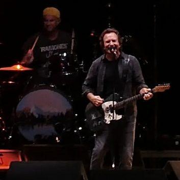 Eddie Vedder | 25/09/2021 Dana Point, CA, The Ohana Fest